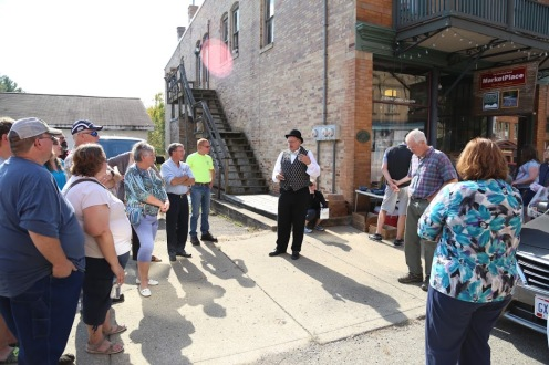 Local Historian Rob Dishon giving a tour during Little Cities of Black Diamonds Day 2016